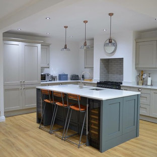 Slate and Stone Shaker Painted Kitchen