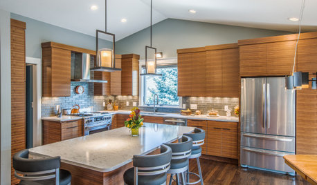 4 American Kitchens With Wooden Cabinets