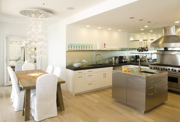 Contemporary Kitchen by Mueller Nicholls Cabinets and Construction