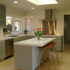 modern kitchen by Custom Spaces Design