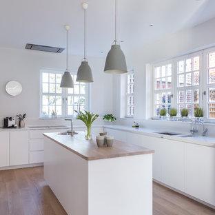Scandinavian kitchen appliance - Example of a danish kitchen design in London