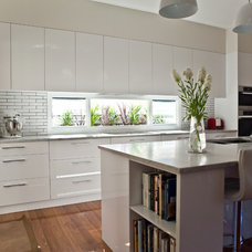 Modern Kitchen by Kitchens by Kathie