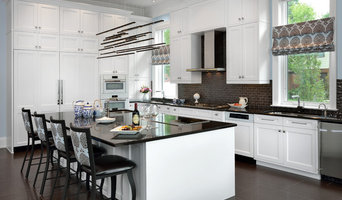 Sleek Transitional White Kitchen