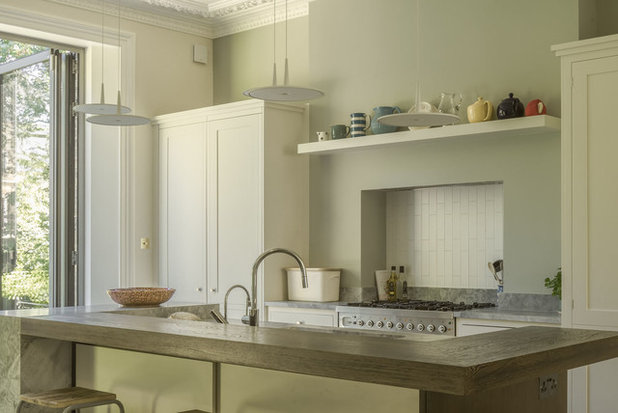 Traditional Kitchen by nimtim Architects