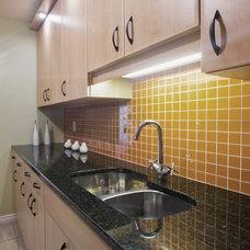 Kitchen by 2GO Custom Kitchens Inc.