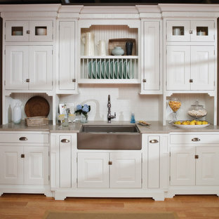 Small Beach House Kitchen with a Cottage Style