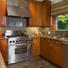 Transitional Kitchen by Susan Dearborn Interiors, Inc.