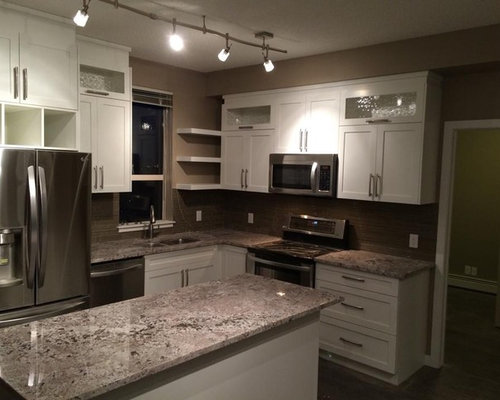 Example Of A Trendy L Shaped Eat In Kitchen Design In Calgary With A