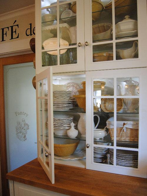 Best Small Cottage Kitchen Design Ideas & Remodel Pictures | Houzz