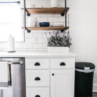 75 Beautiful Small Farmhouse Kitchen Pictures & Ideas | Houzz