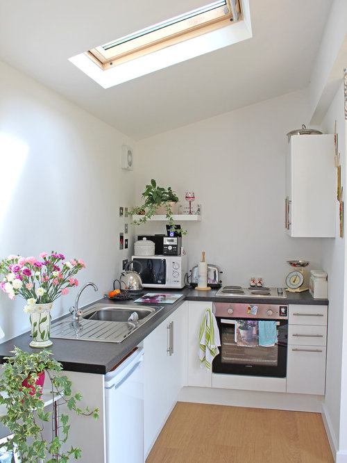 Granny annex home design ideas renovations photos for Small flat kitchen design