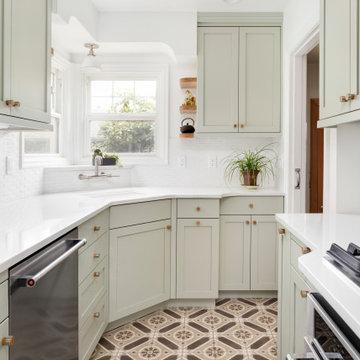Small Kitchen - Portland