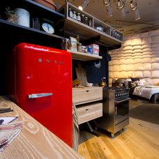 Midcentury Kitchen by Elite Appliance