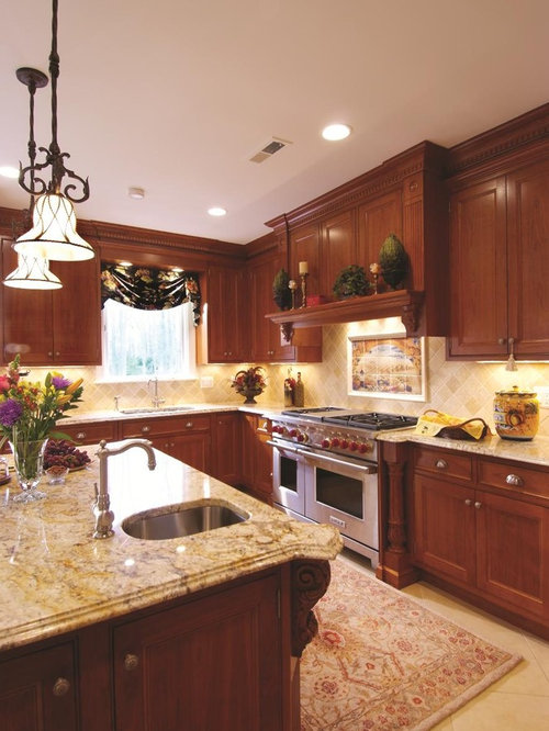 Example Of A Classic L Shaped Kitchen Design In DC Metro With An Undermount  Sink
