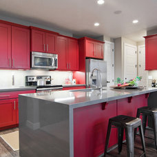 Contemporary Kitchen by Candlelight Homes