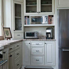 Traditional Kitchen by Stephanie Swander Interiors