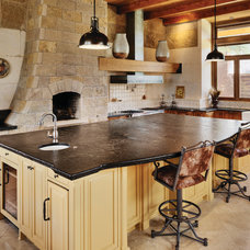 Traditional Kitchen by AG&M (Architectural Granite & Marble)