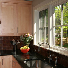 Traditional Kitchen by place architecture:design