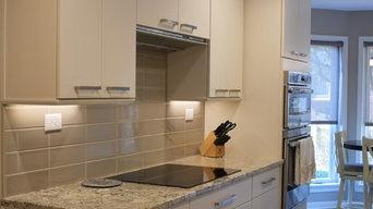 Soft Contemporary Kitchen