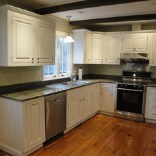 Traditional Kitchen by Ackley Cabinet, LLC