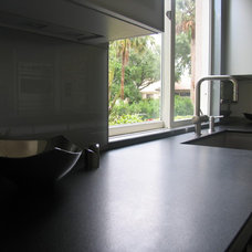Contemporary Kitchen by Shuky Conroyd at Boca Kitchens and Floors
