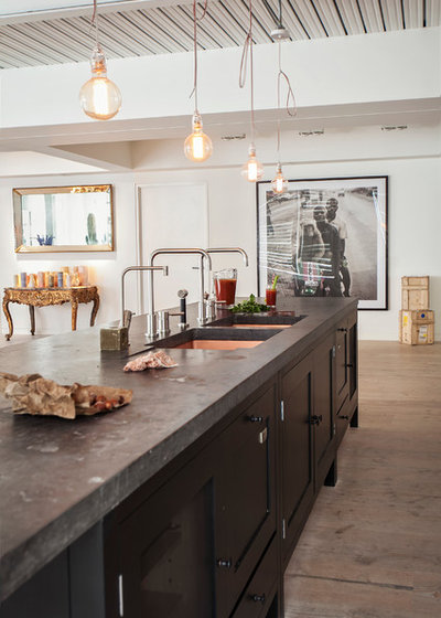 Industrial Cocina by Plain English