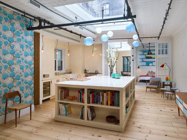 Industrial Kitchen by Murdock Solon Architects
