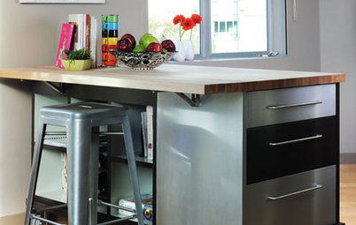 Steel Yourself: Industrial Kitchen Islands Are On a Roll
