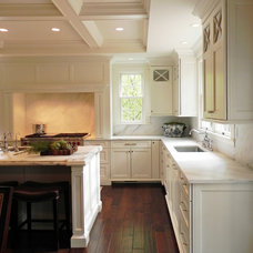 Traditional Kitchen by Tina Colebrook Architect