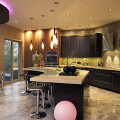 contemporary kitchen by Jaque Bethke for PURE Design Environments Inc.