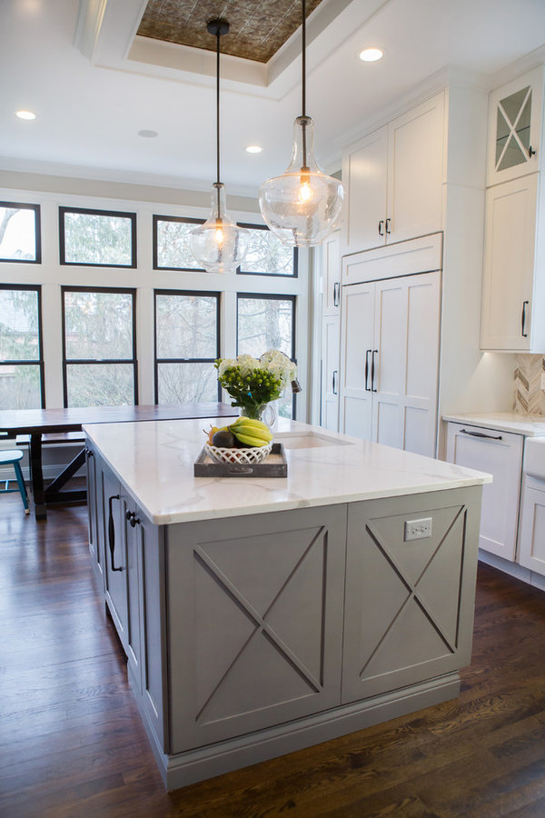Sophisticated Farmhouse Kitchen