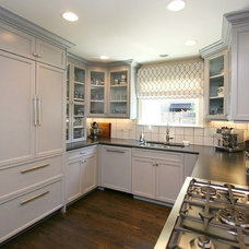 Traditional Kitchen by Julia Katrine Designs