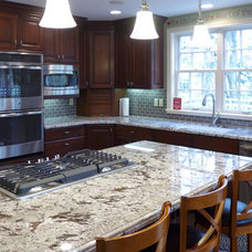 Traditional Kitchen by Accent Interiors