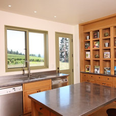 Farmhouse Kitchen by Solid Form Fabrication