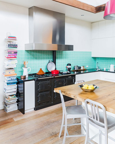 Eclectic White Kitchen: 12 Easy Ways To Update A Boring Kitchen