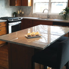 Contemporary Kitchen by White Crane Construction