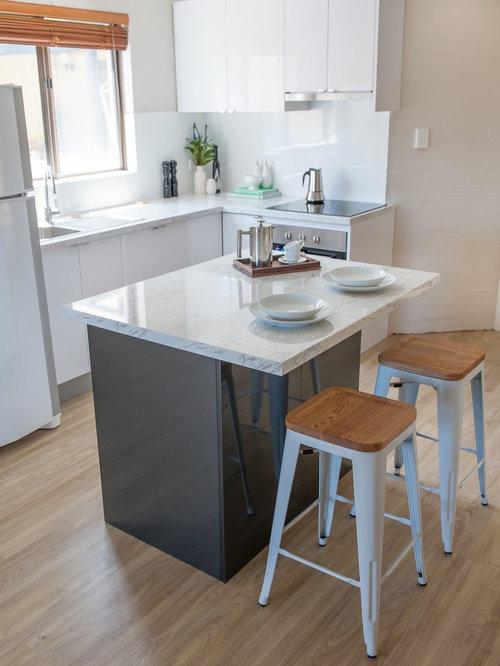 cuisine avec un sol en linol um photos et id es d co de cuisines. Black Bedroom Furniture Sets. Home Design Ideas