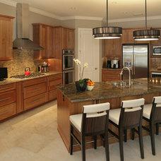 Kitchen by Devonshire Custom Homes