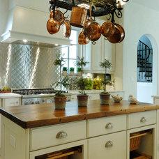 Mediterranean Kitchen by Sterling Ridge Custom Home Builder