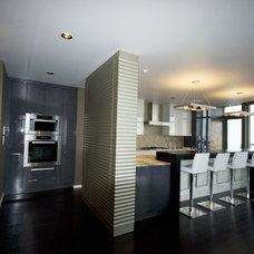 Contemporary Kitchen by Fabian Genovesi - Neil Kelly Co.