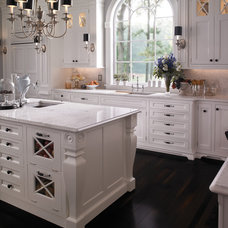 Traditional Kitchen by Wood-Mode Fine Custom Cabinetry