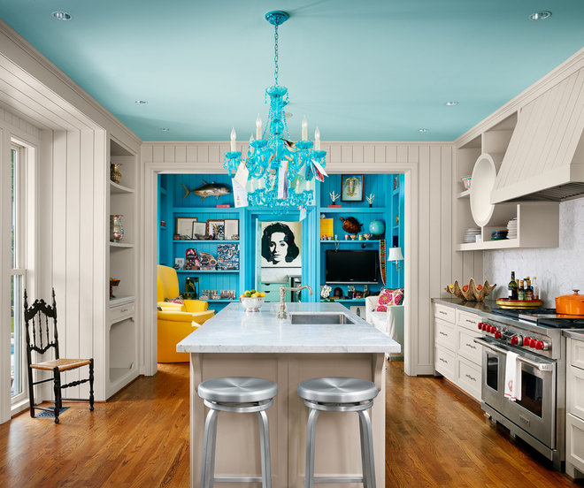 Eclectic Kitchen by Dillon Kyle Architects (DKA)