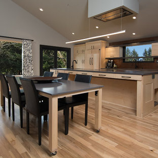 Unique Kitchen Tables | Houzz