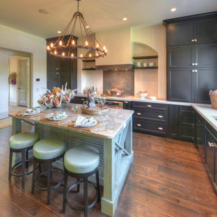 Coastal kitchen designs - Example of a beach style kitchen design in Jacksonville