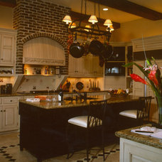 Traditional Kitchen by Scott Wilson Architect, LLC
