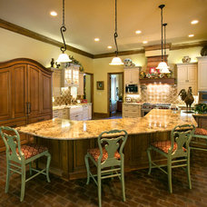 Traditional Kitchen by Terry M. Elston, Builder