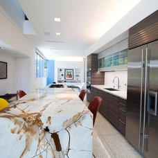 Contemporary Kitchen by Texana Builders