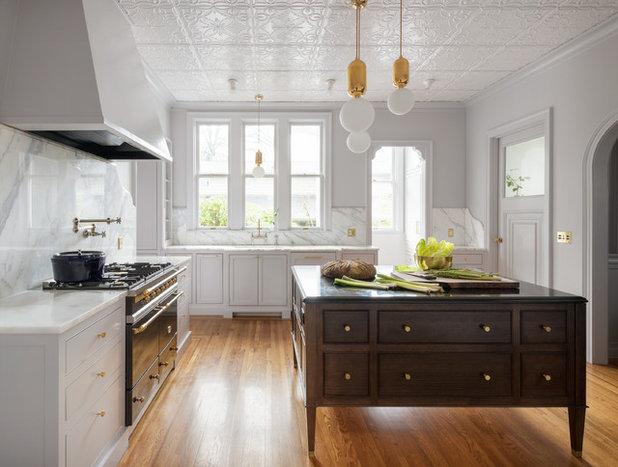 Transitional Kitchen by Jessica Helgerson Interior Design
