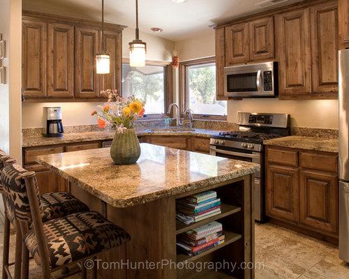 Cucina american style con pavimento in marmo foto idee for Arredamento american style