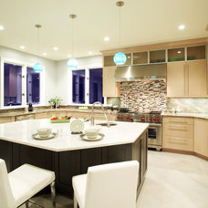 Contemporary Kitchen by Dee David & Co, LLC